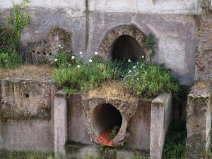 Vízvezeték az ókori Rómában (forrás: www.aquarex.hu)